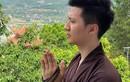 Rò rỉ ảnh diễn viên Trọng Hưng lên chùa sau ồn ào ngoại tình