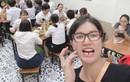 """Trang Trần bị gãy răng cửa, fan hùa nhau thả """"ha ha"""""""