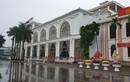 """Lễ hội Đền Trần: Khách sạn, nhà nghỉ """"cháy"""" phòng, tăng giá chóng mặt"""