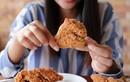 Bà bầu suýt hại chết con mình vì ham mê ăn gà rán