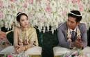 Bạn gái cũ chú rể xuất hiện, cô dâu cởi váy cưới làm chuyện không ngờ
