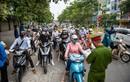 Hà Nội bỏ quy định ra đường phải có lịch trực, lịch làm việc