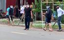 Video: Hai băng nhóm Đồng Nai đi ôtô cầm mã tấu đâm chém loạn xạ