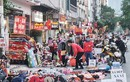Thiên đường mua sắm giá rẻ cho sinh viên xả hàng Tết, đông nghịt người mua