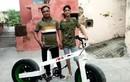 Video: Người đàn ông tự chế xe đạp tặng con trai