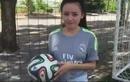 Chết cười xem Bà Tưng thể hiện độ am hiểu bóng đá