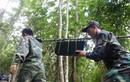 Ảnh: Triển khai 4 hướng tìm kiếm trực thăng rơi ở núi Dinh