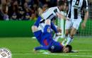 """Ảnh chế bóng đá: Messi, Barca lại """"sấp mặt"""" vì Juventus"""