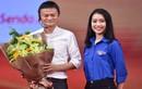 Nhan sắc Hoa khôi Ngoại giao đối thoại với tỷ phú Jack Ma