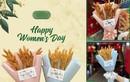 """Tặng hoa """"lạ"""" ngày Quốc tế phụ nữ, quán ăn gây thích thú"""