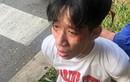 Video: Tài xế xe buýt kể lúc bị nam thanh niên kề dao vào cổ