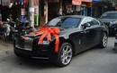 Chồng đại gia hơn 19 tuổi tặng Rolls-Royce 30 tỷ cho Thu Ngân