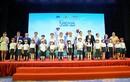 HVN tặng 1,93 triệu mũ bảo hiểm cho học sinh lớp 1