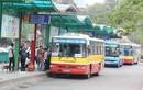 Xe buýt Hà Nội được hoạt động trở lại, khách vẫn phải ngồi cách ghế