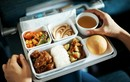 Sự thật chưa từng tiết lộ đằng sau suất ăn phục vụ trên máy bay