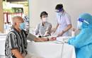 Dưới 65 tuổi, bệnh nền, đăng ký tiêm vắc xin ở đâu an toàn?