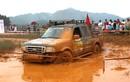 """Hàng trăm """"dân chơi"""" đội mưa, lội bùn phá xe tại Hà Nội"""