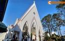 """Cận cảnh nhà thờ """"đẹp không tì vết"""" ở Đà Lạt mùa Giáng sinh"""