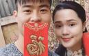 Vợ chồng tuổi Tý Duy Mạnh và Quỳnh Anh chuẩn bị lì xì mừng năm mới