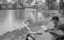 Những khoảnh khắc bình yên ở hồ Gươm năm 1973