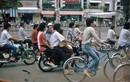 Loạt ảnh khó quên về xe máy ở Việt Nam đầu thập niên 1990 (2)