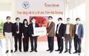 COVID-19: Chủ tịch VUSTA Phan Xuân Dũng trao tặng tỉnh Hải Dương vật tư y tế