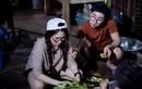 Hòa Minzy về miền Tây bắt cá, trổ tài nấu ăn