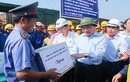 Phó Thủ tướng Nguyễn Xuân Phúc kiểm tra dự án xây dựng cầu Ghềnh