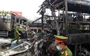 Hiện trường rợn người hai xe khách tông nhau, bốc cháy dữ dội