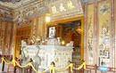 Ai dùng chân vẽ bức họa nổi tiếng ở lăng Khải Định?
