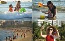 Người Đà Nẵng đổ ra biển giải nhiệt sau chuỗi ngày giãn cách