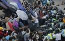 Sinh viên biểu tình Hồng Kông muốn đối thoại với chính quyền
