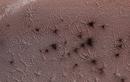 Vệt đen kỳ lạ trên sao Hỏa được giải đáp sau hơn hai thập kỷ