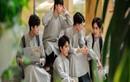 Dàn nam sinh mặc áo dài đến trường, nhan sắc chuẩn soái ca