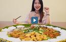 Video : Trải nghiệm bún đậu mắm tôm khổng lồ ở TP.HCM