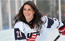 Nữ vận động viên xinh đẹp nổi tiếng làng khúc côn cầu Mỹ