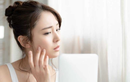 Rậm lông ở phụ nữ có thể do lạm dụng hormone