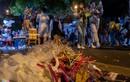 Hàng Mã - Hàng Lược ngập rác sau đêm Trung thu