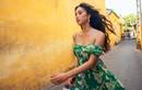 Hoa hậu Tiểu Vy ăn mặc gợi cảm trong bộ ảnh mới ở quê nhà