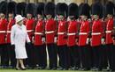 Chuyện ít biết về mũ lông gấu của đội cận vệ Hoàng gia Anh