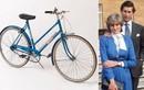 """""""Soi"""" chiếc xe đạp màu xanh huyền thoại gắn liền tuổi trẻ Công nương Diana"""