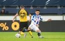 Lần đầu được ra sân tại đội một Heerenveen, Đoàn Văn Hậu tạo nên điều lý thú