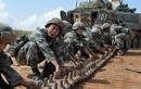 Lương của lính Trung Quốc: Cao chót vót nhưng vẫn thiếu quân
