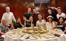 Kim Lý vui trọn sinh nhật bên Hà Hồ và người thân 2 gia đình