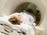 """Những xét nghiệm tầm soát ung thư """"vô giá"""" phụ nữ nên làm"""