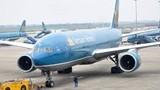 """""""Thót tim"""" máy bay Vietnam Airlines """"đánh võng"""" trước khi hạ cánh"""