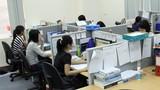 Dân văn phòng ngồi thế nào để không hại cột sống?