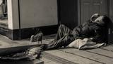 Chật vật cuộc sống của người vô gia cư khắp thế giới