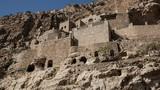 Khám phá tu viện bỏ hoang gần chiến tuyến Mosul