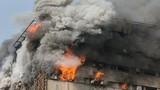 Hiện trường kinh hoàng vụ sập trung tâm thương mại ở Iran
